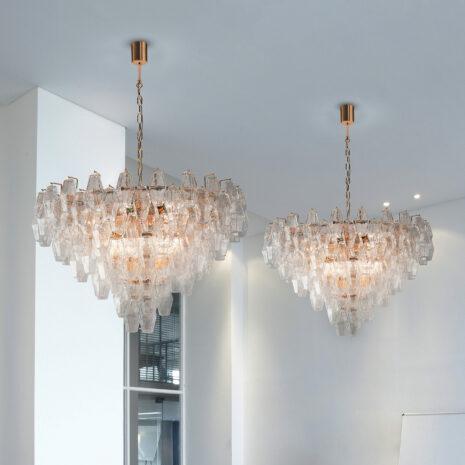 LAMPADARIO in vetro di Murano soffiato disponbile in cinque diversi colori, anche combinabili, montatura in cromo lucido o oro 24 carati: Glace 4600/S