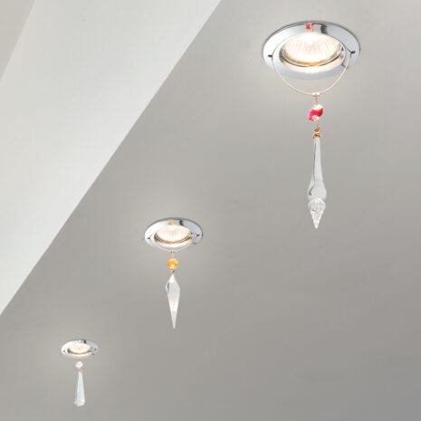 FARETTO con pendenti in Swarovski di tre forme diverse e montatura in cromo lucido o oro 24 carati: Spot Lights 460/F