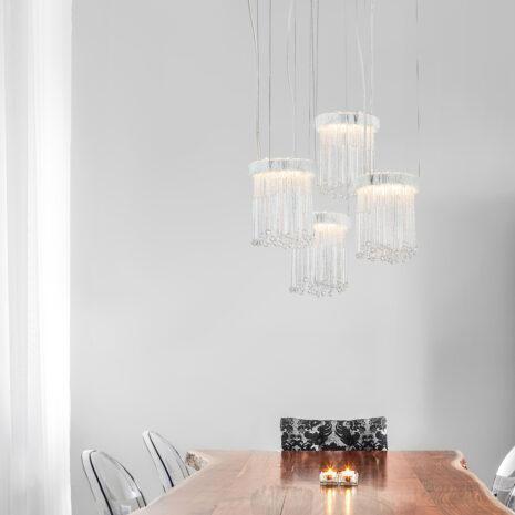 SOSPENSIONE con frangia lavorata a mano fatta di perline in vetro di Murano trasparenti e/o ambra, montatura in bronzo, tortora o grigio: Venezia 4820/S1