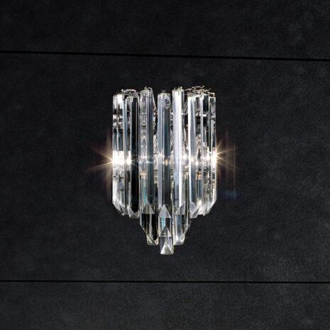APPLIQUE con triedri in cristallo o triedri e quadriedri in vetro di Murano, disponbili in molti colori, montatura in cromo lucido o oro 24 carati: Cristalli 5075/APP