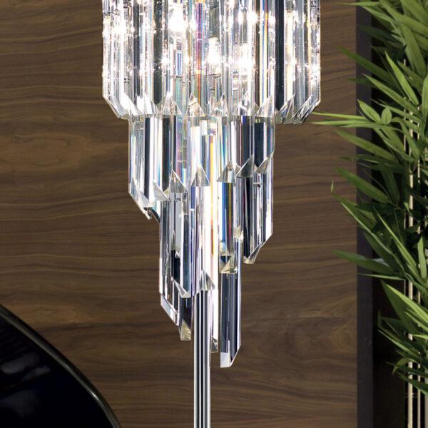LAMPADA DA TERRA con triedri in cristallo o triedri e quadriedri in vetro di Murano, disponbili in molti colori, montatura in cromo lucido o oro 24 carati: Cristalli 5085/LT