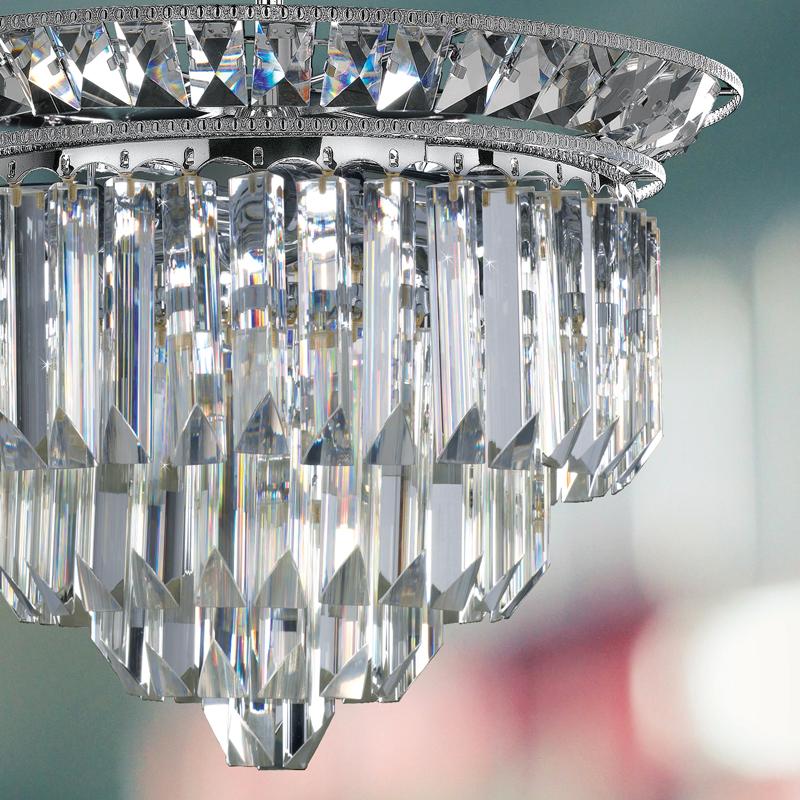 LAMPADARIO con triedri in cristallo o triedri e quadriedri in vetro di Murano, disponbili in molti colori, montatura in cromo lucido o oro 24 carati: Cristalli 6026/