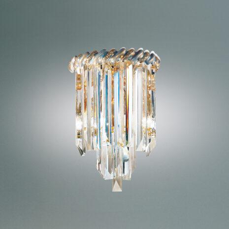 APPLIQUE con triedri in cristallo o triedri e quadriedri in vetro di Murano, disponbili in molti colori, montatura in cromo lucido o oro 24 carati: Cristalli 6035/APP