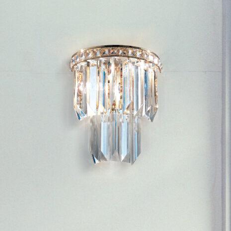 APPLIQUE con triedri in cristallo o triedri e quadriedri in vetro di Murano, disponbili in molti colori, montatura in cromo lucido o oro 24 carati: Cristalli 7031/APP