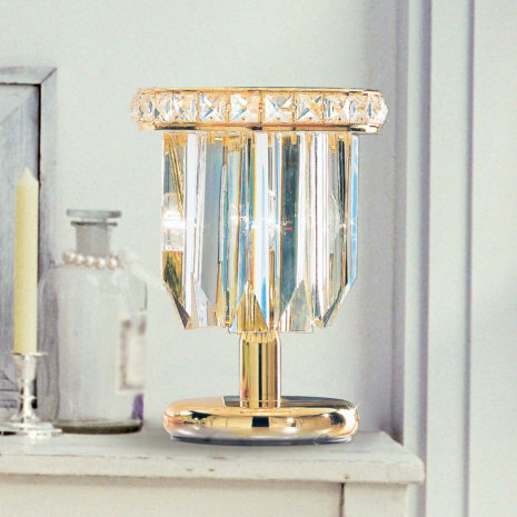 LAMPADA DA TAVOLO con triedri in cristallo o triedri e quadriedri in vetro di Murano, disponbili in molti colori, montatura in cromo lucido o oro 24 carati: Cristalli 7031/L