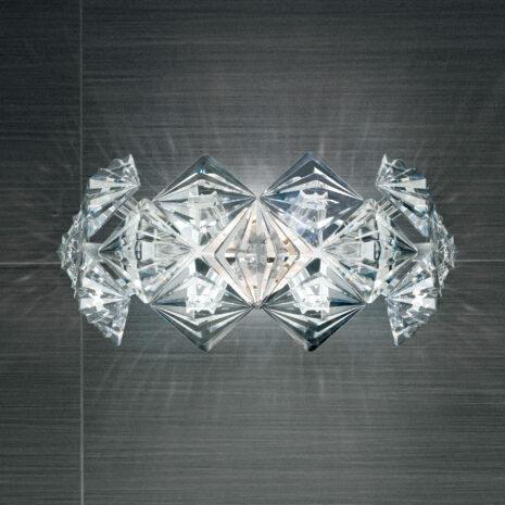 APPLIQUE dal diffusore in Acrilico trasparente, sfaccettato, molto brillante e leggerissimo di forma rotonda: Prisma 820/APP
