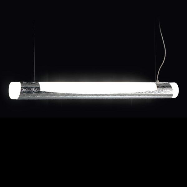 Sospensione dal design moderno in alluminio martellato e vetro finemente sabbiato: Febe 600-S100