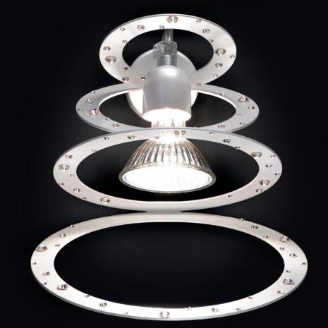 Applique moderna e di design in anelli concentrici di metallo verniciato: Cassiopea 800-APP