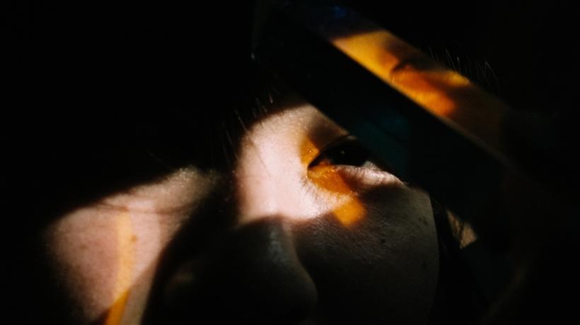 Occhi colpiti dalla luce - rischio fotobiologico