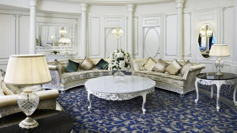 Salotto presso la suite dell'Hotel Ambassadori