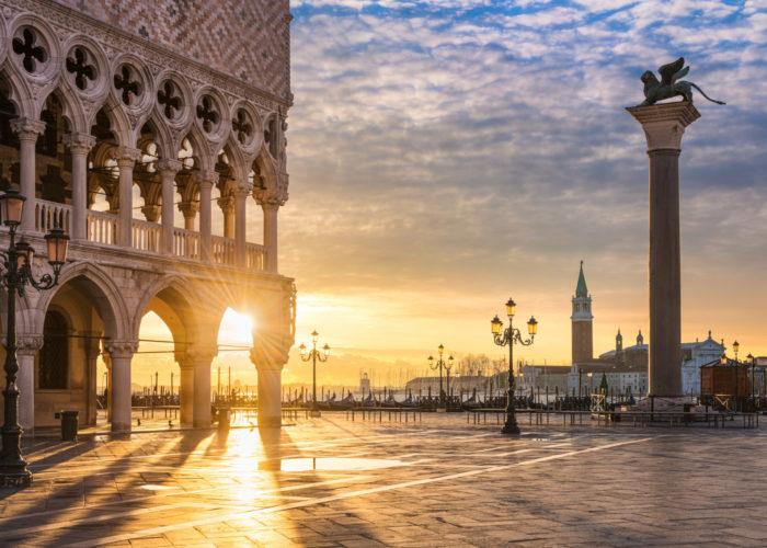 Sole che splende su piazza San Marco